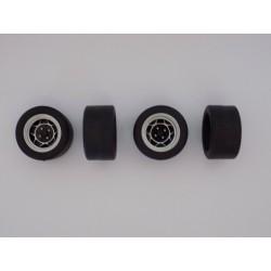 Jeu de 4 roues ATS avec Pneus Slicks  1/18ème